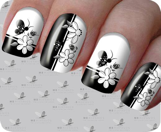 Unhas decoradas preto e branco 2021 com flores