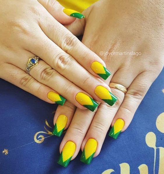Unhas decoradas amarelas 2020 para festas